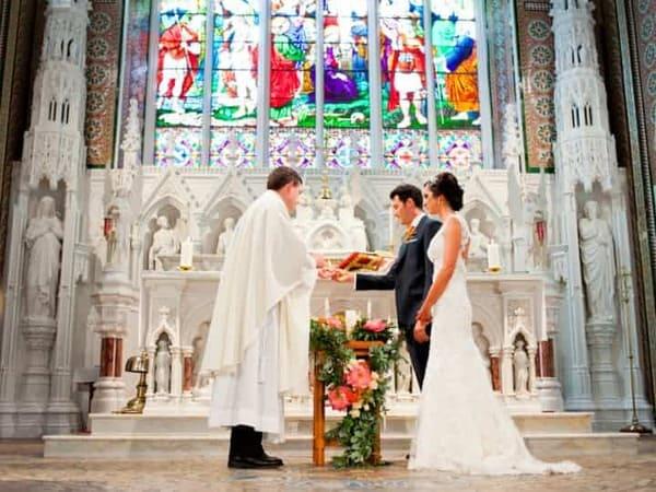 Le mariage catholique | Robes de mariage