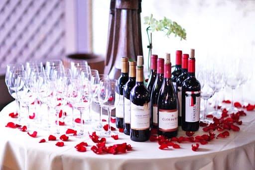 Le vin au mariage | Robes de mariage