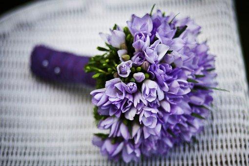 Comment choisir le bouquet de fleur à offrir à la future mariée (en tant que futur époux) ?